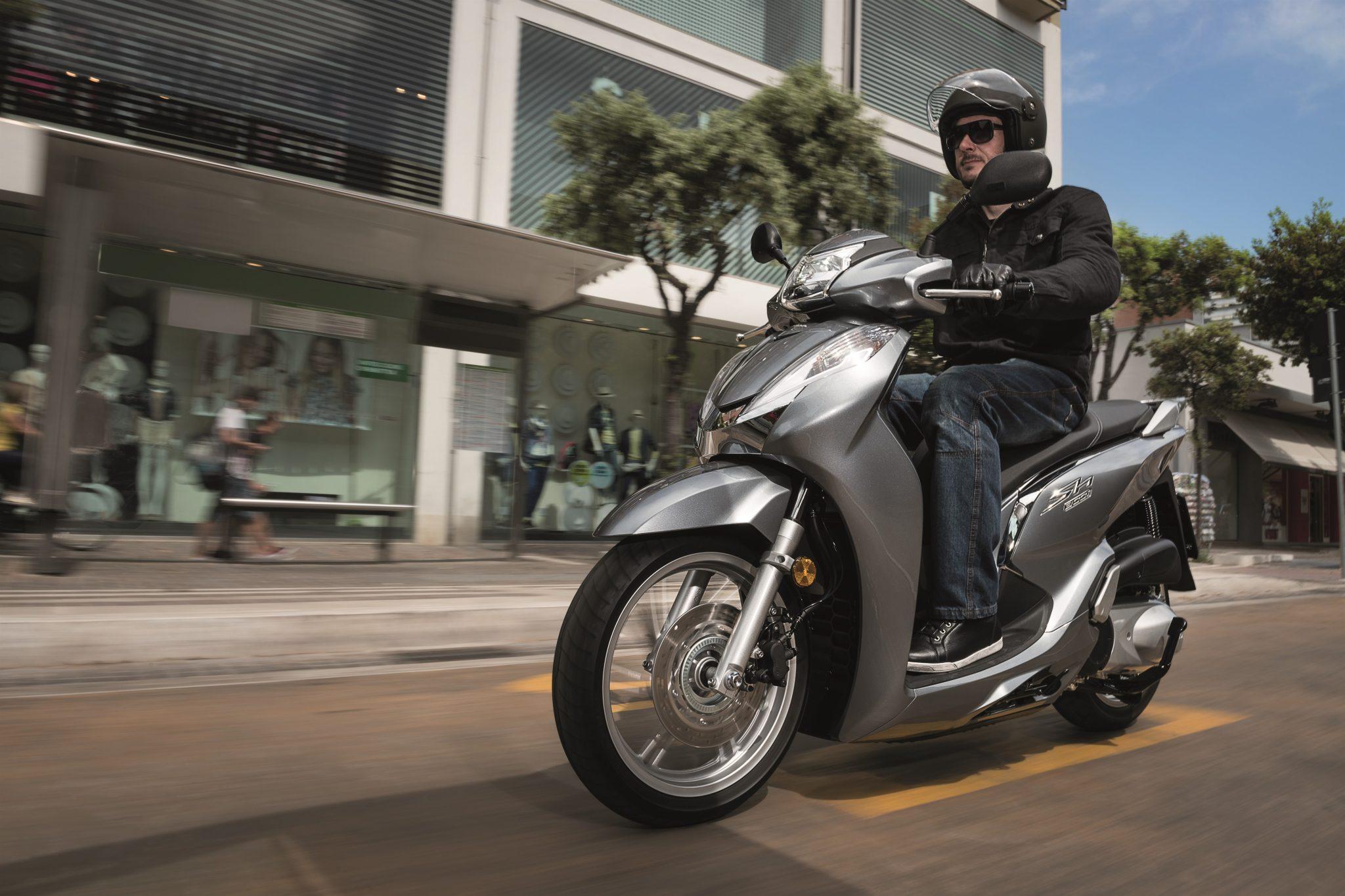 Honda SH300 weer up to date!