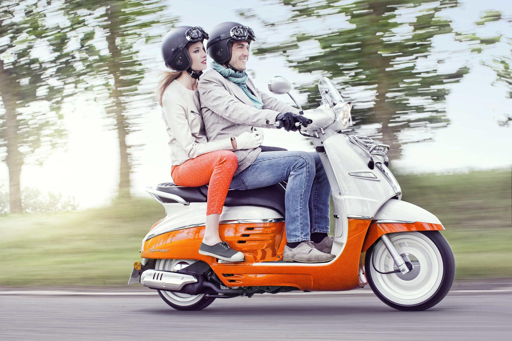 Altijd al eens op een SYM of Peugeot scooter willen rijden?