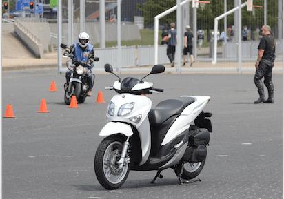 15% meer geslaagden voor motorrijbewijs in 2015