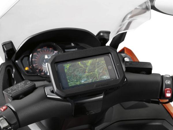 BMW introduceert universele smartphonehouder