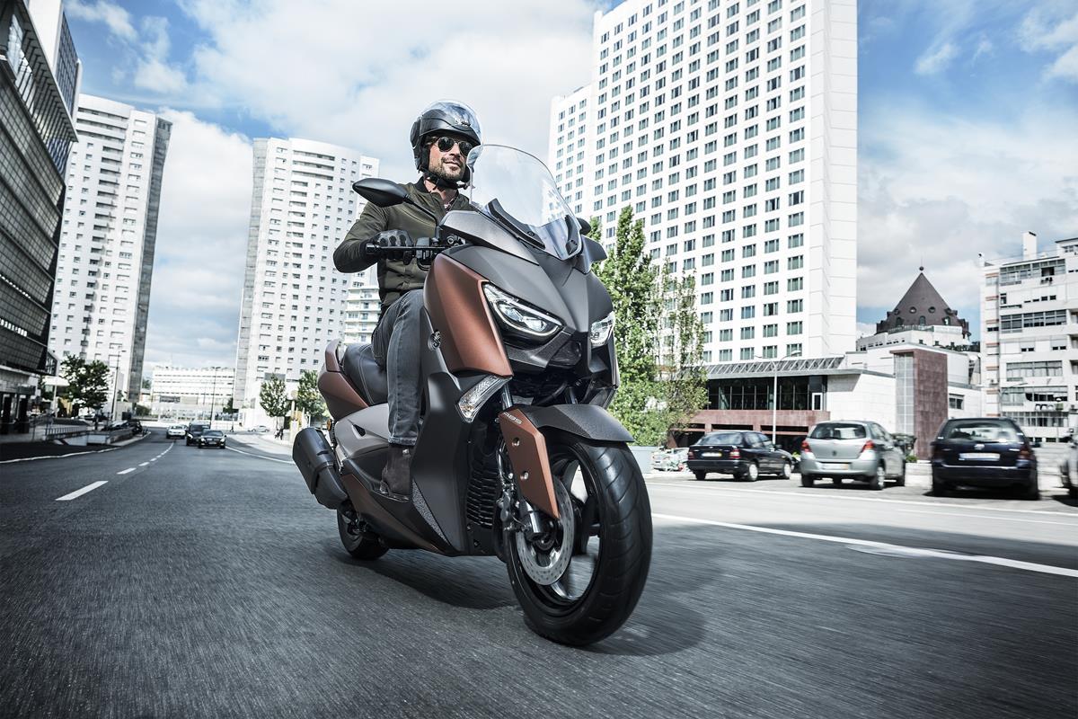 Yamaha Motor maakt prijs X-MAX 300 ABS bekend