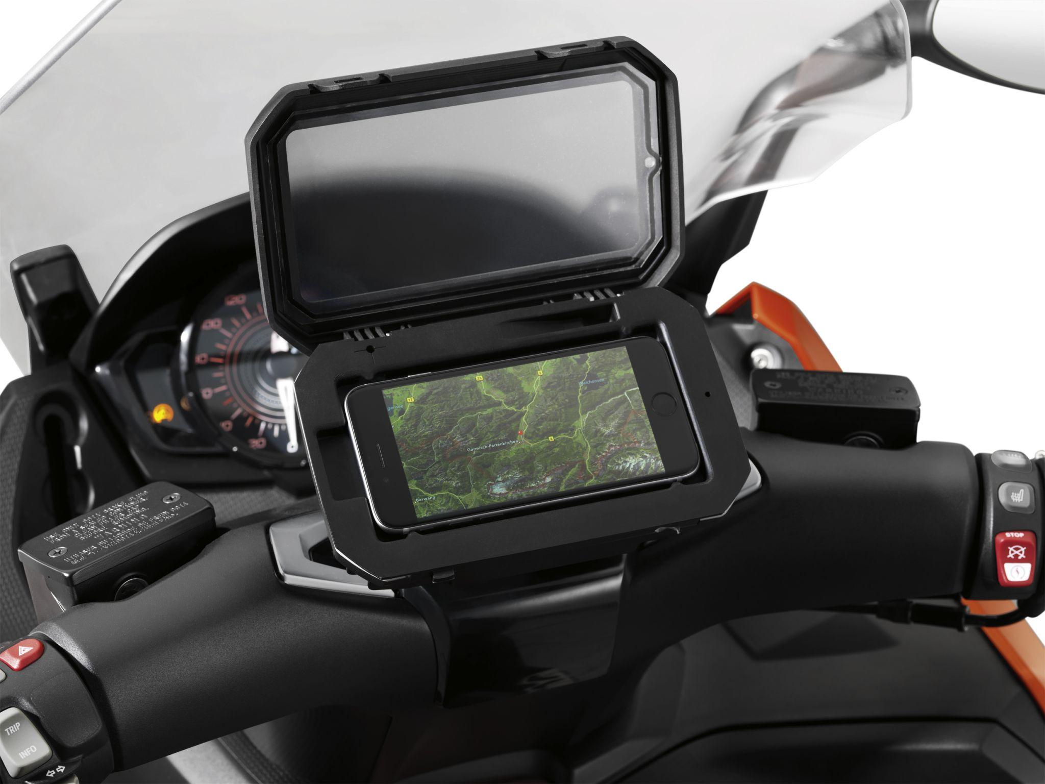Nieuwe BMW Motorrad Navigator VI en BMW Motorrad Smartphone Cradle