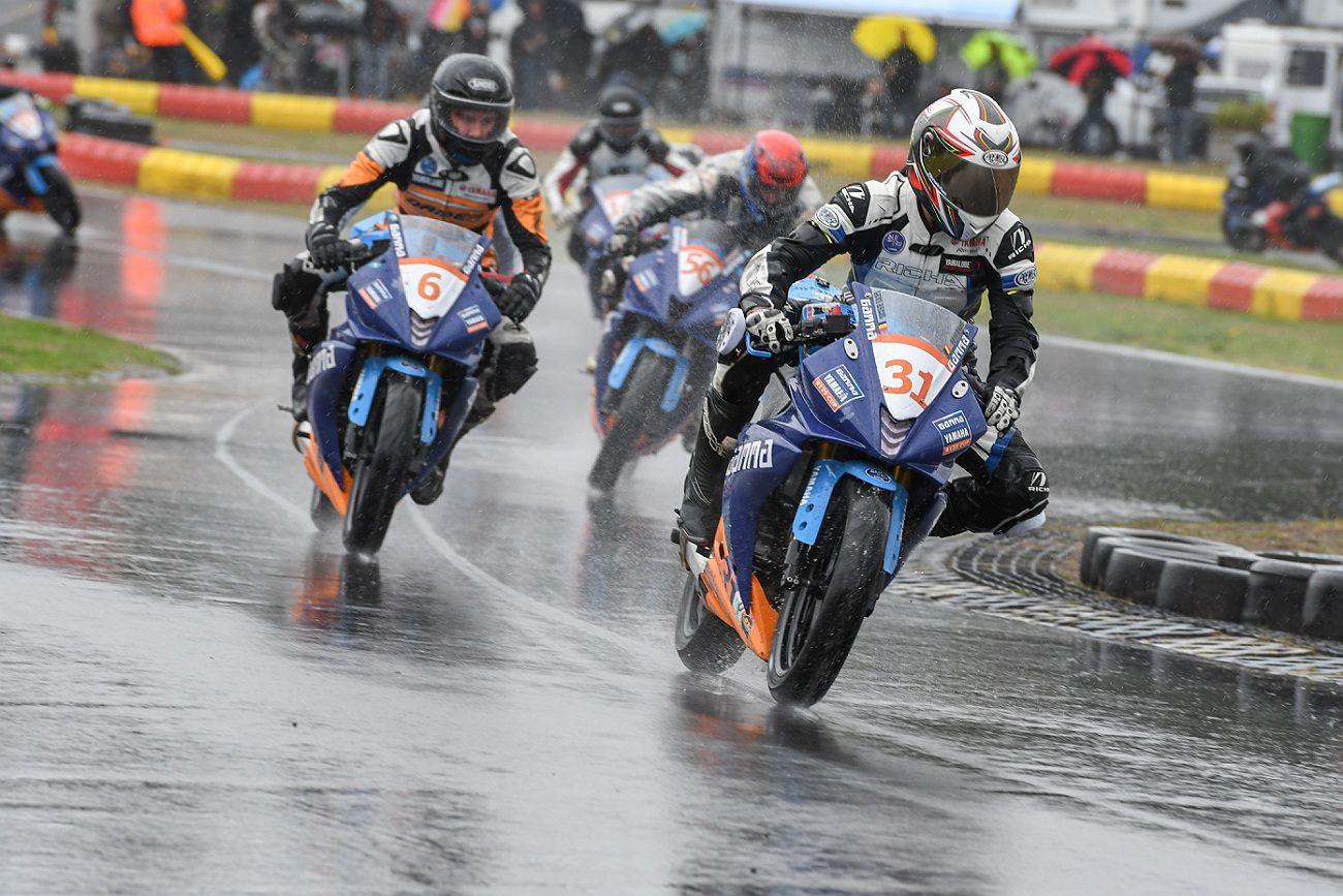 De Boer grijpt kampioenstitel in Berghem, Badie wint regenrace – GAMMA Yamaha R125 Cup