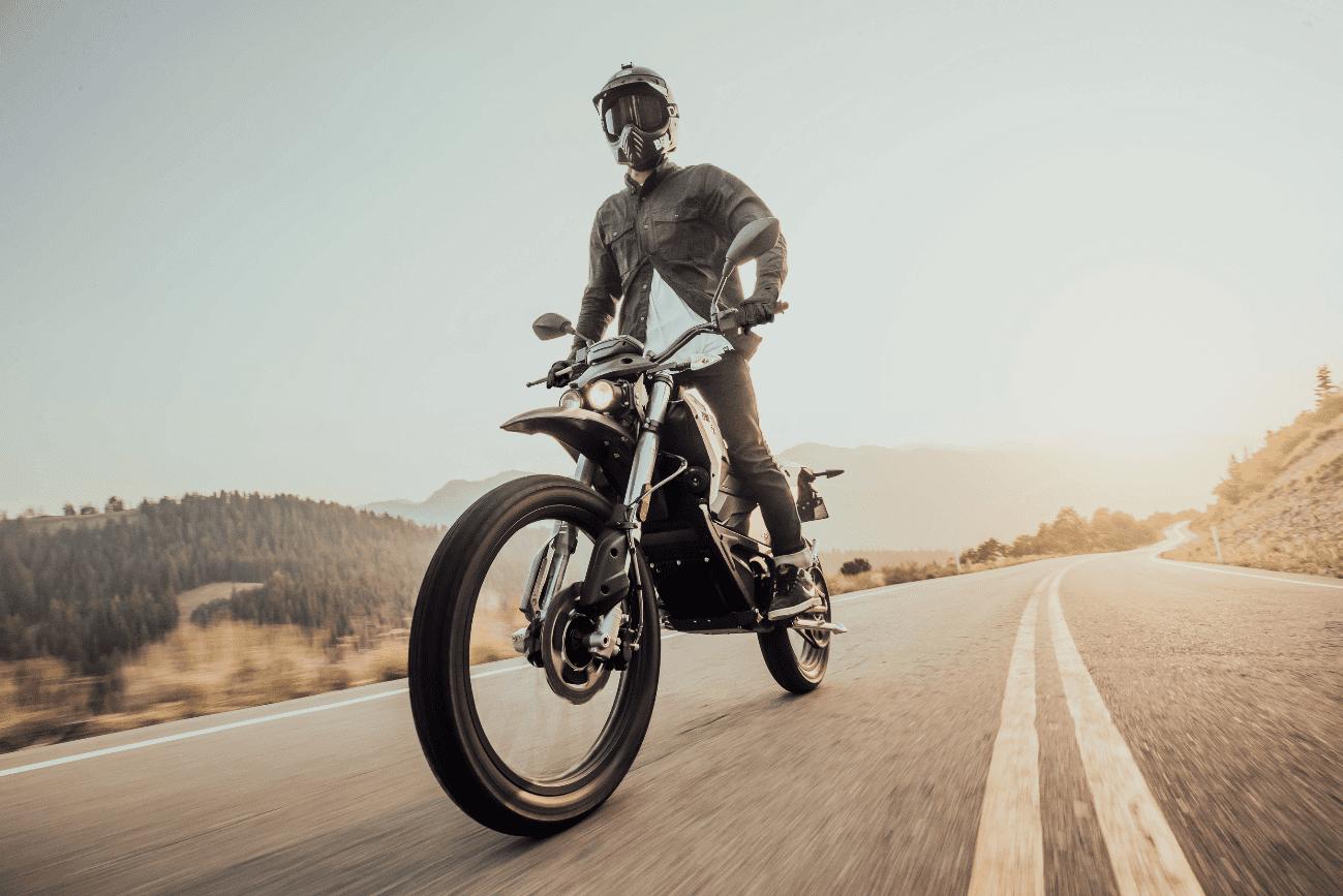 Zero Motorcycles maakt de nieuwe 2019 modellijn openbaar, met meer vermogen, een verbeterde dual sports-lijn en een nieuwe styling