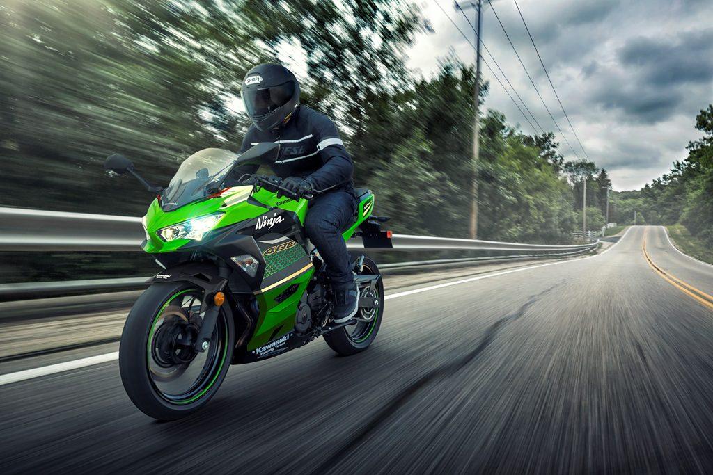 Nieuwe kleuren voor Kawasaki Ninja 400 en Z400
