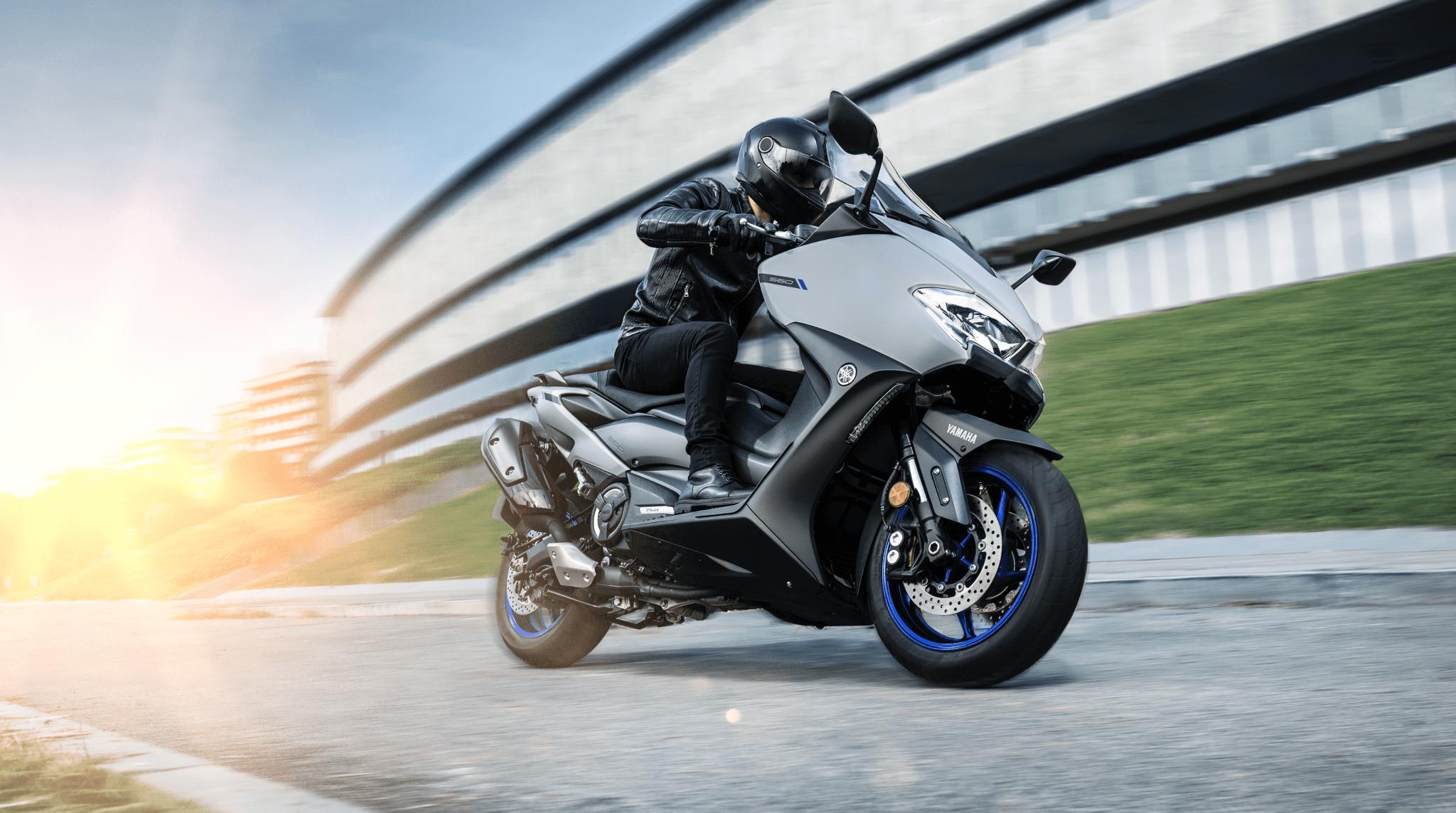 Nieuwe Yamaha TMAX en TMAX Tech MAX voor 2020!