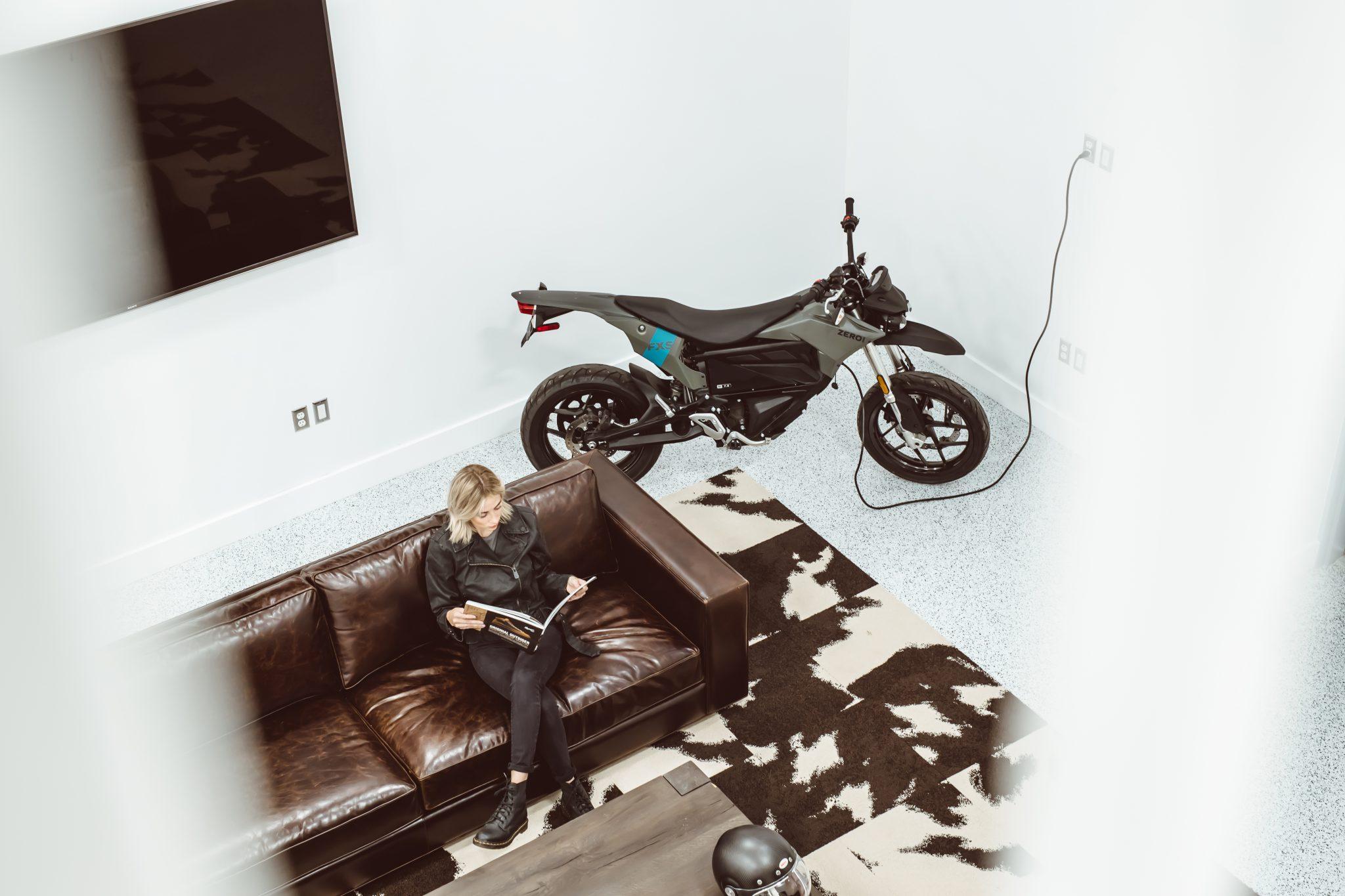 Zero Motorcycles opent factory service center in EMEA hoofdkwartier