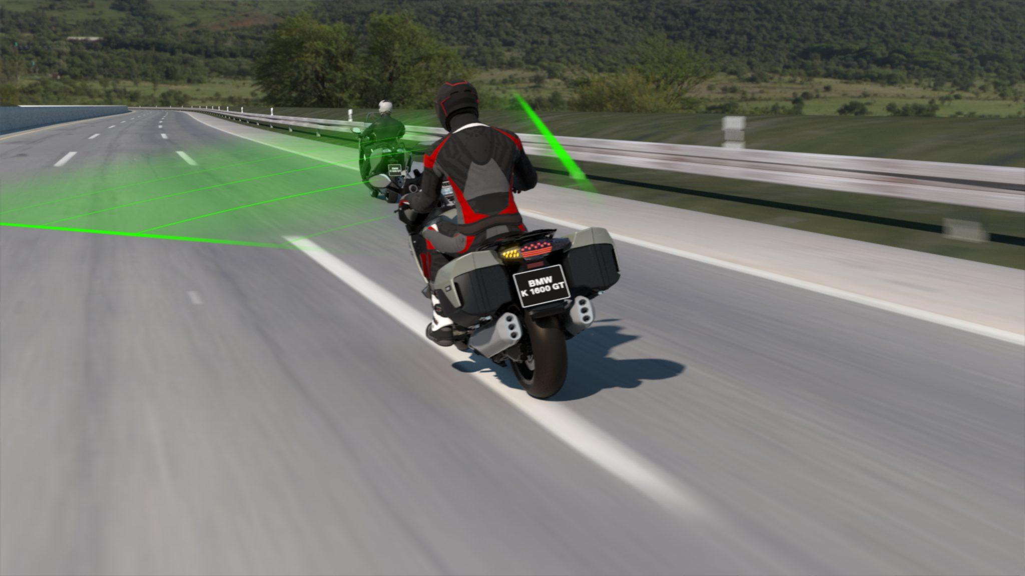 BMW Motorrad lanceert Active Cruise Control (ACC)