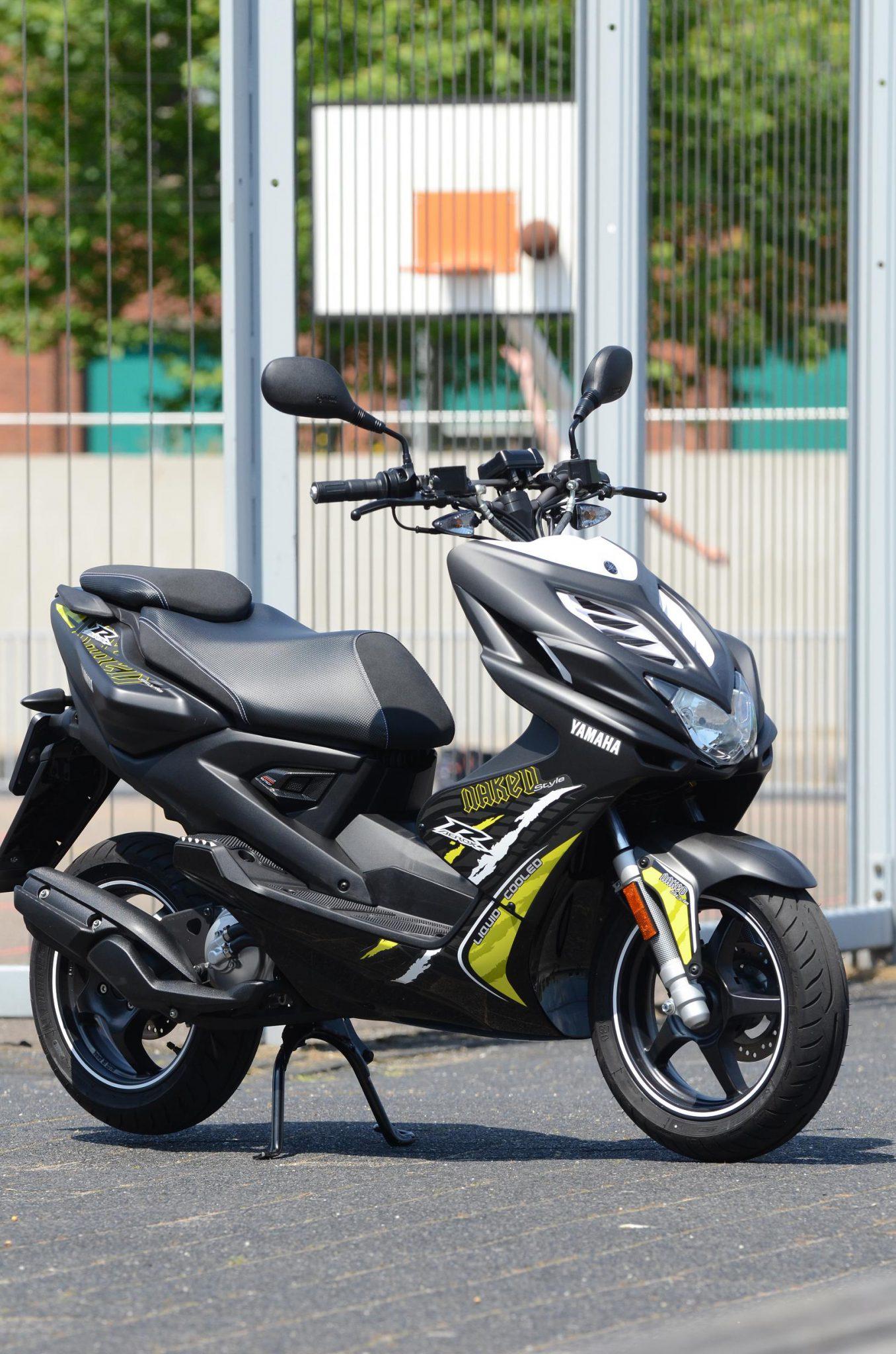 Yamaha Aerox Naked scooter BJ: 2015 nieuwstaat!