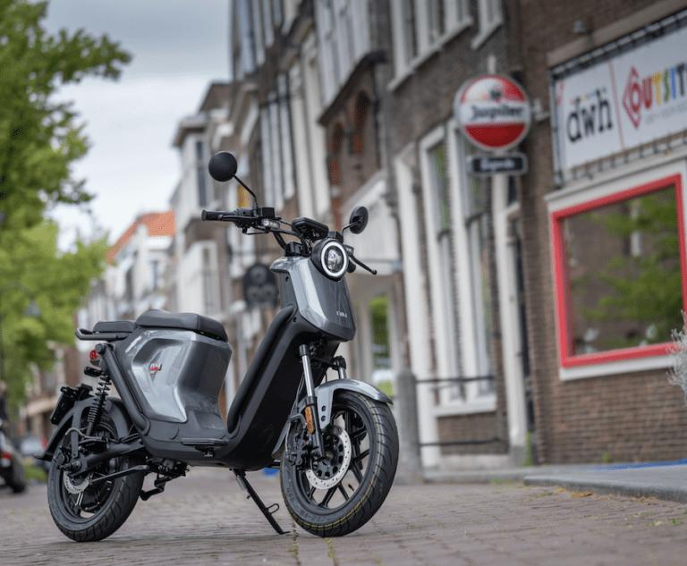 1 op de 5 nieuwe scooters is elektrisch