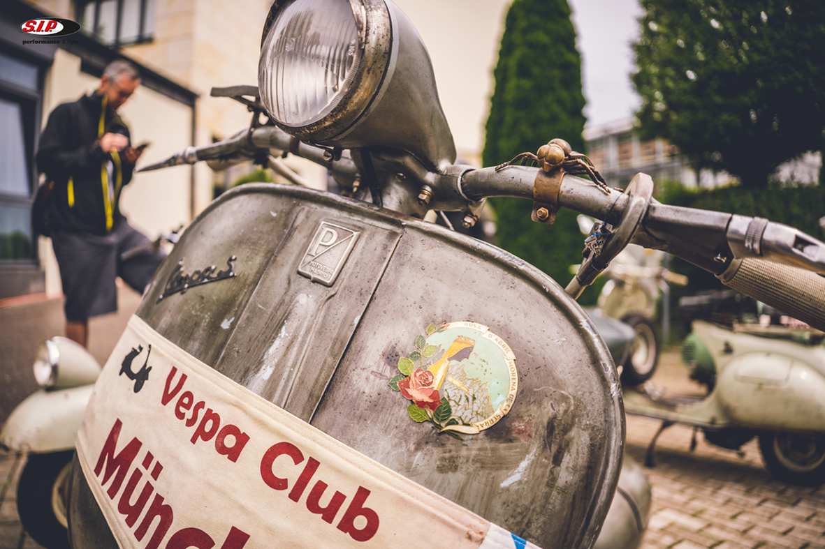 Fenderlight Vespa Tour